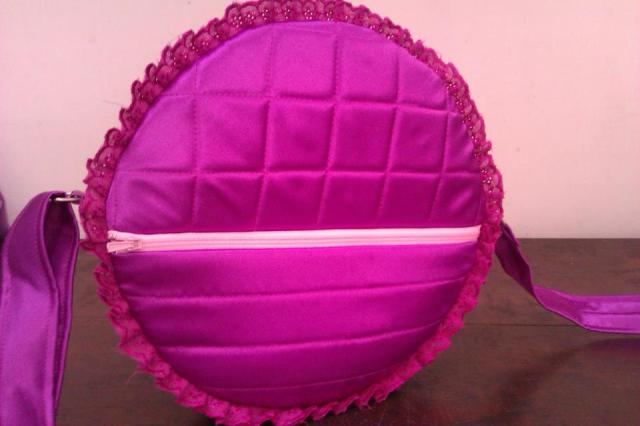 warna ungu lyla renda
